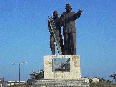 Monumento-Salvador-Alvarado