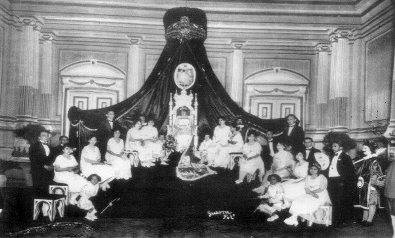 moda-yucatan-veintes-coronacion