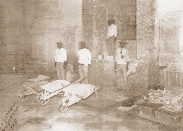 retablo-destruido-de-la-catedral-de-merida