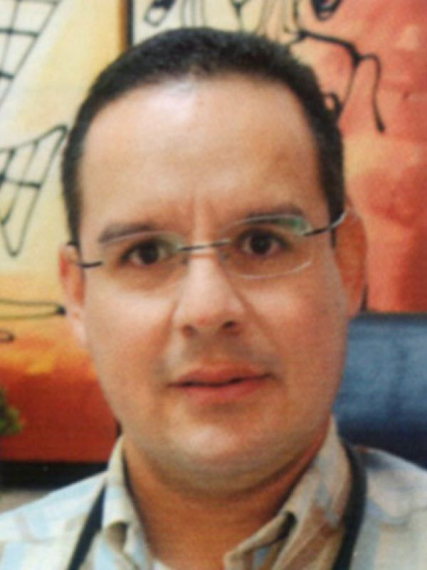 DR. RAFAEL ENRIQUE FAJARDO CEVALLOS