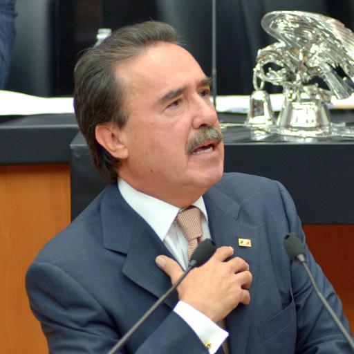 EMILIO GAMBOA PATRÓN: UNA FIGURA IMPRESCINDIBLE