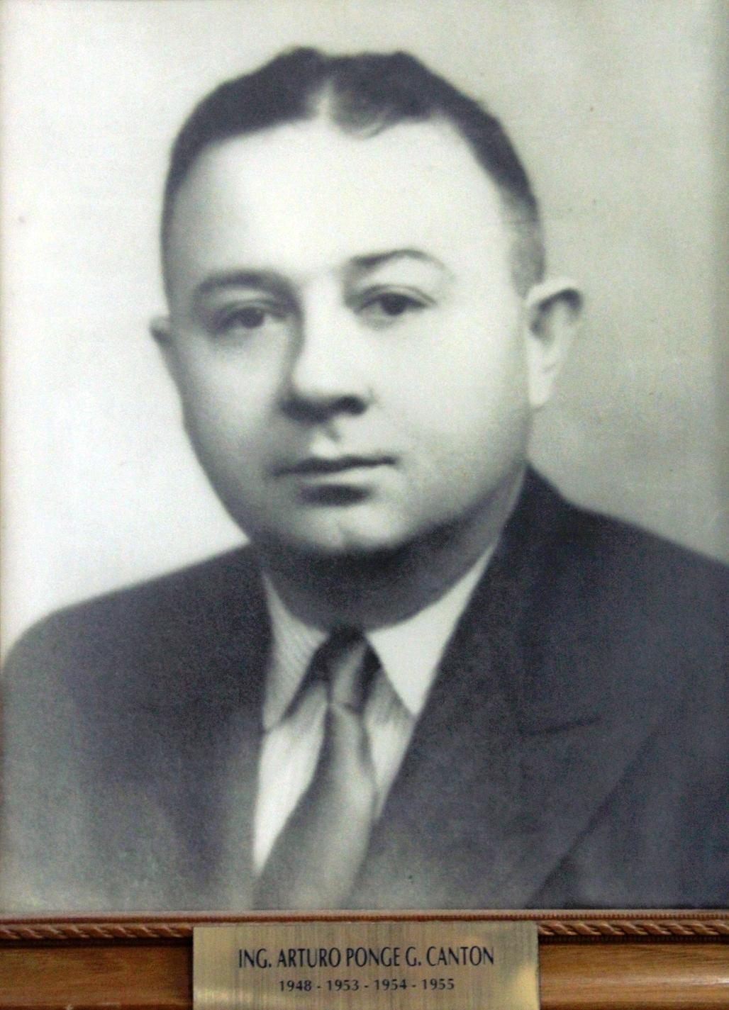 EMPRESARIO DISTINGUIDO ING. ARTURO PONCE G. CANTÓN