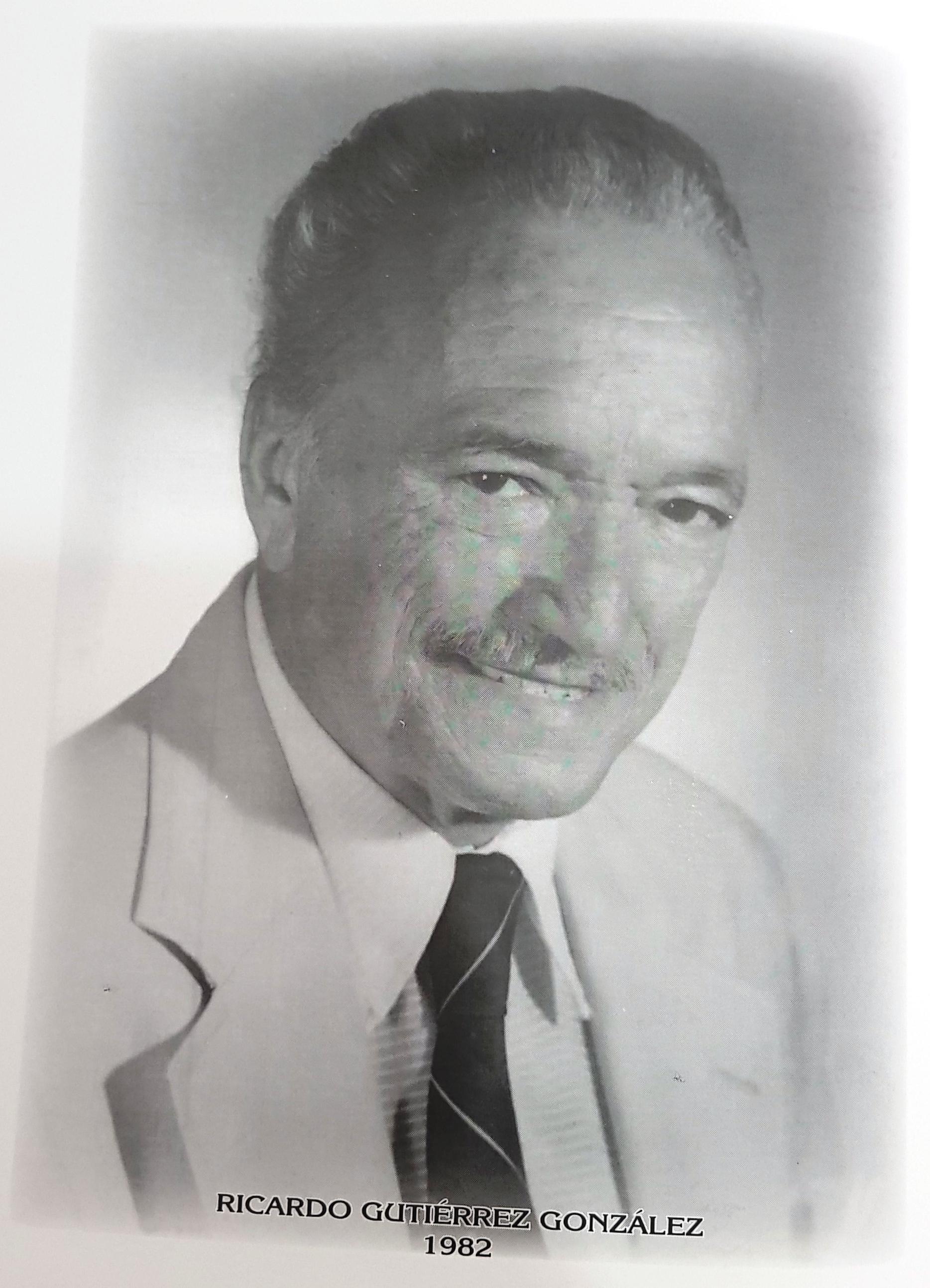 PRESIDENTE DE LA CÁMARA DE COMERCIO DE MÉRIDA SR. RICARDO GUTIÉRREZ GONZÁLEZ