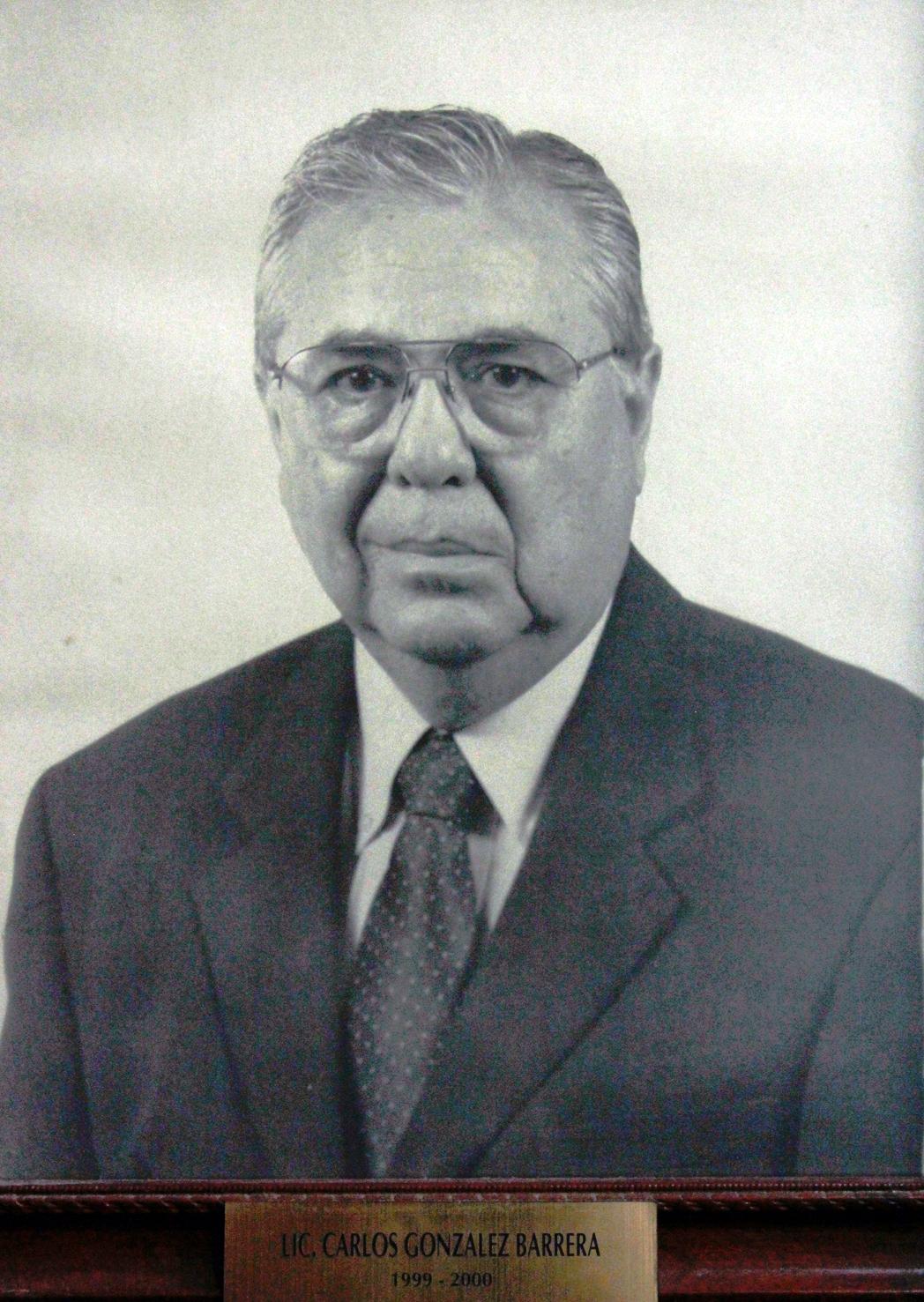 EMPRESARIO DISTINGUIDO LIC. CARLOS GONZALEZ BARRERA
