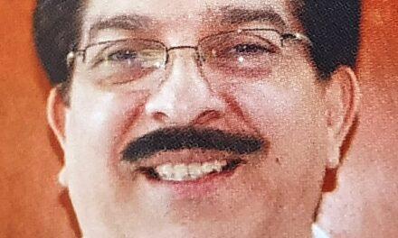 DR. EDUARDO MENA ARANA
