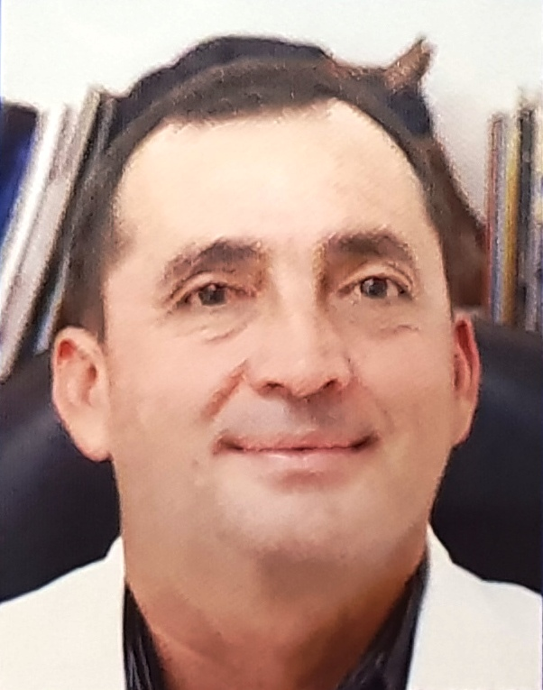 DR. ROGER ENRIQUE PÉREZ Y PÉREZ