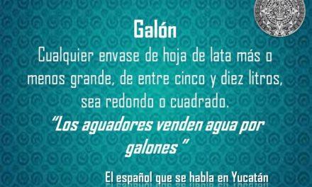 """GALÓN: """"LOS AGUADORES VENDEN AGUA POR GALONES"""""""
