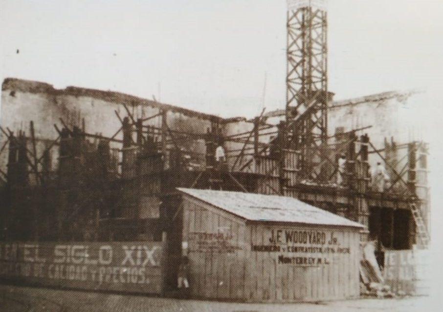 EDIFICIO SIGLO XIX, EN DOS TIEMPOS