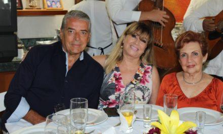 CUMPLEAÑOS DR. LUIS ALBERTO NAVARRETE RUIZ DEL HOYO