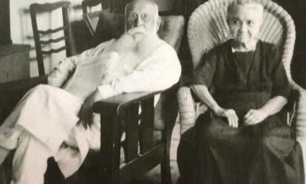 Don Enrique Muñoz Aristegui, ex gobernador de Yucatán, con su esposa doña Carmen Solís Cano