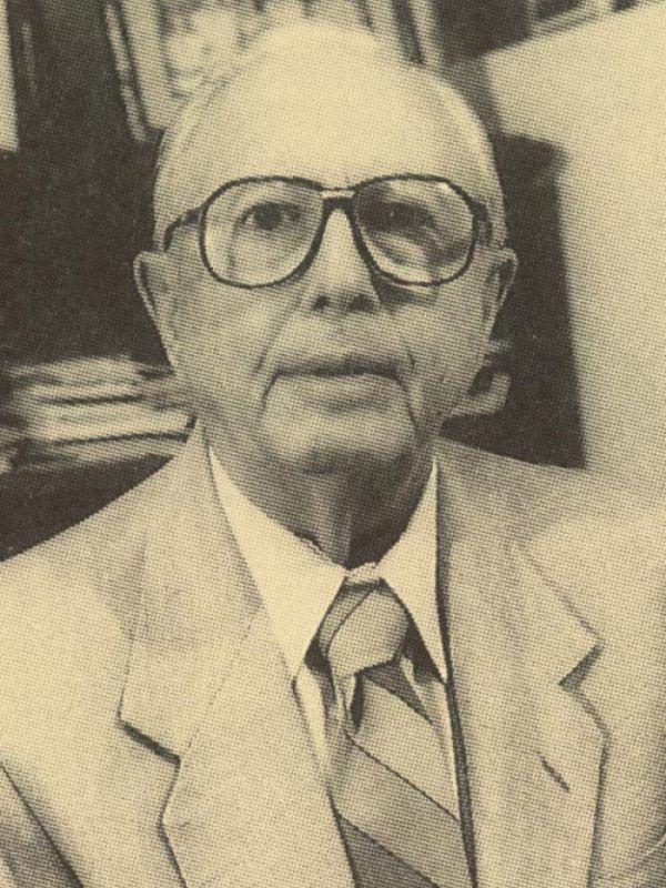 Dr. Eduardo Laviada