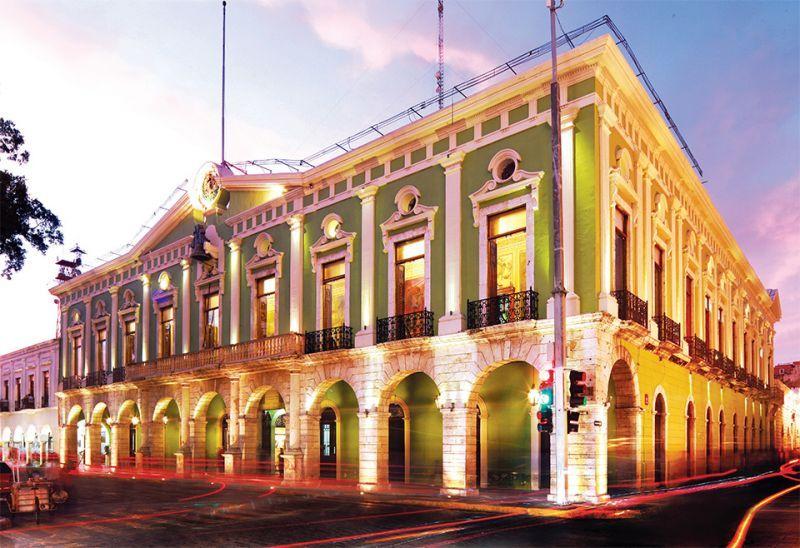 Un paseo por la ciudad de Mérida: La Plaza Principal