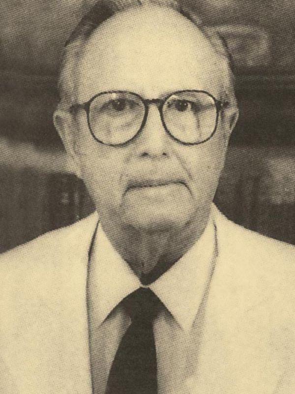 Dr. Francisco Laviada